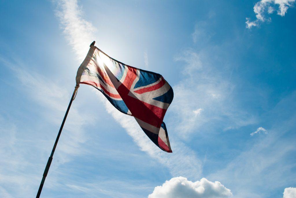 Flaga Wielkiej Brytanii - Samoobrona w UK